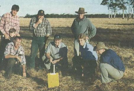 A number of TOPCROP groups were keen to evaluate the impact of management inputs themselves. Researchers worked with the groups to assess seed banks, the driving force behind productive pastures and biomass production and a parameter required for crop nitrogen calculators. Seen here is researcher David Ferris (second from right, crouching) with members of the Kulin/Kondinin TOPCROP group