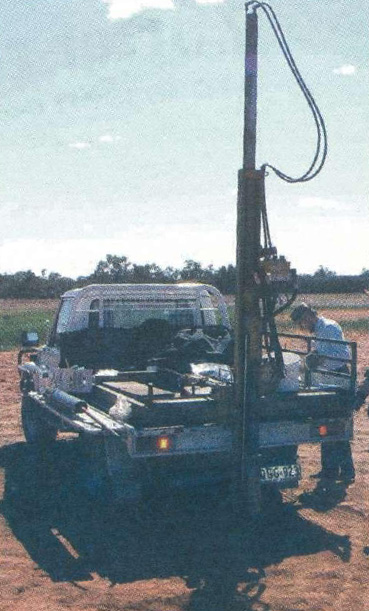 Soil chemist John Standley prepares the Toowoomba DPI soil rig for deep probe sampling as part of the PAWC project.