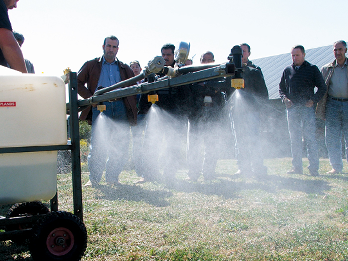 A photo of growers at a grain course