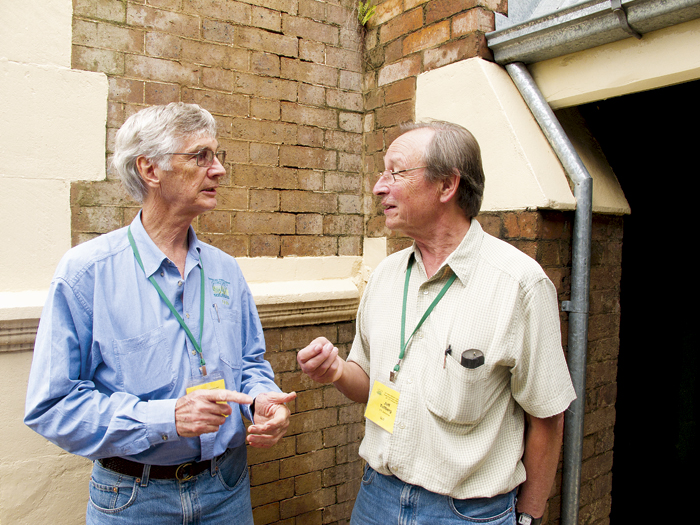 Photo of Dr Don Yule (left) and Dr Jeff Tullberg