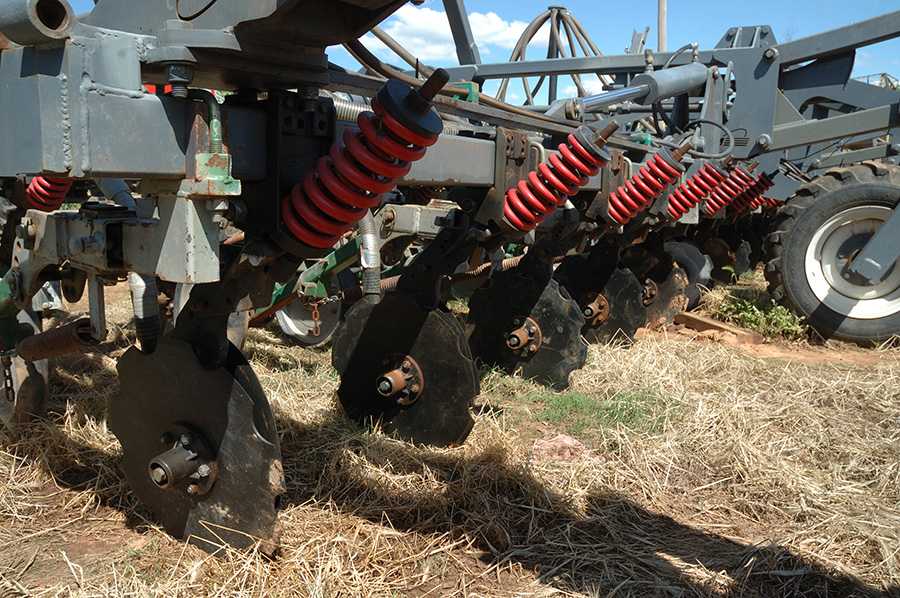 Growers need to make sure they get seeder set up and calibration correct when sowing into stubble.