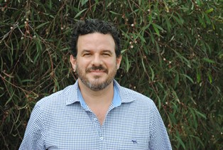 Image of GRDC western grower services manager Roger States
